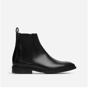 Everlane Chelsea Boots